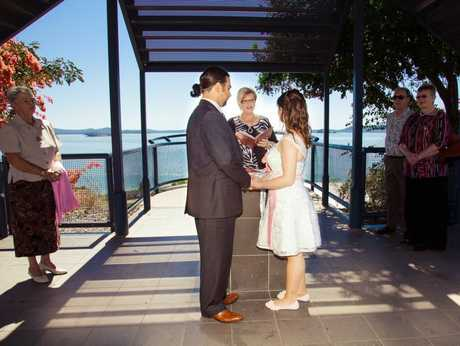Turkish migrants Ozlem and Ozan Goray were married in Gladstone last year. Photo by Natalia Muszkat Photography