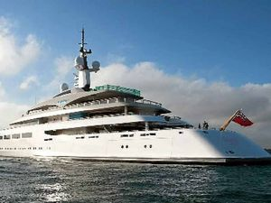 World's 83rd richest man will be arriving in the Whitsundays