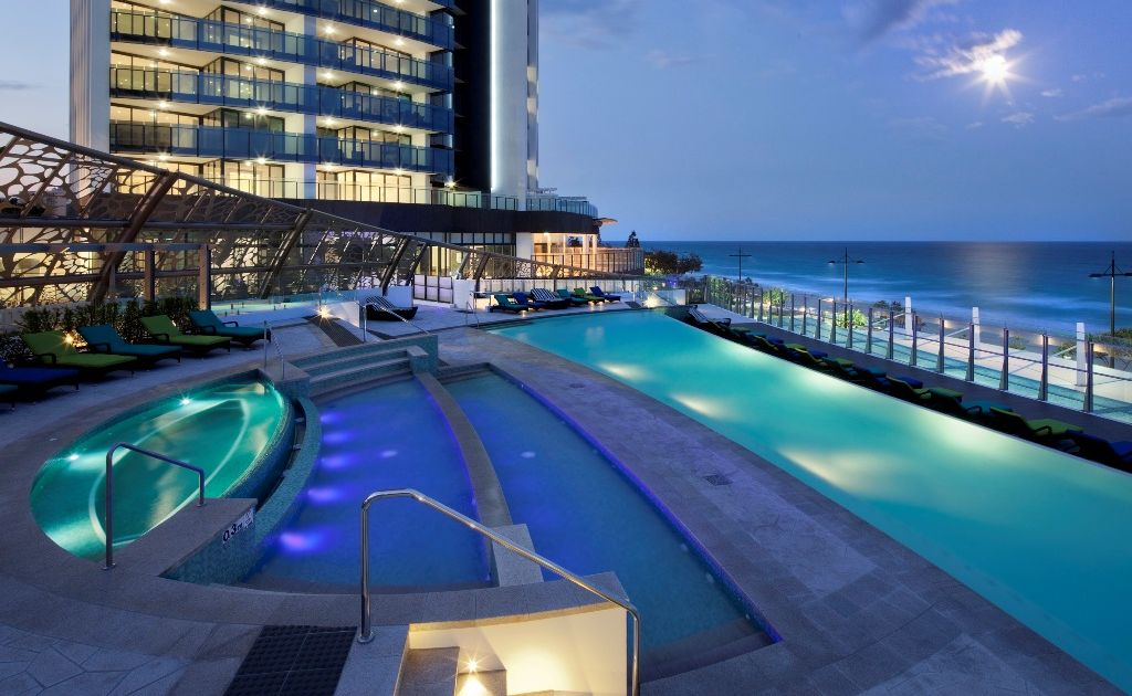 The Sea Temple is perfectly located in the heart of Surfers Paradise.