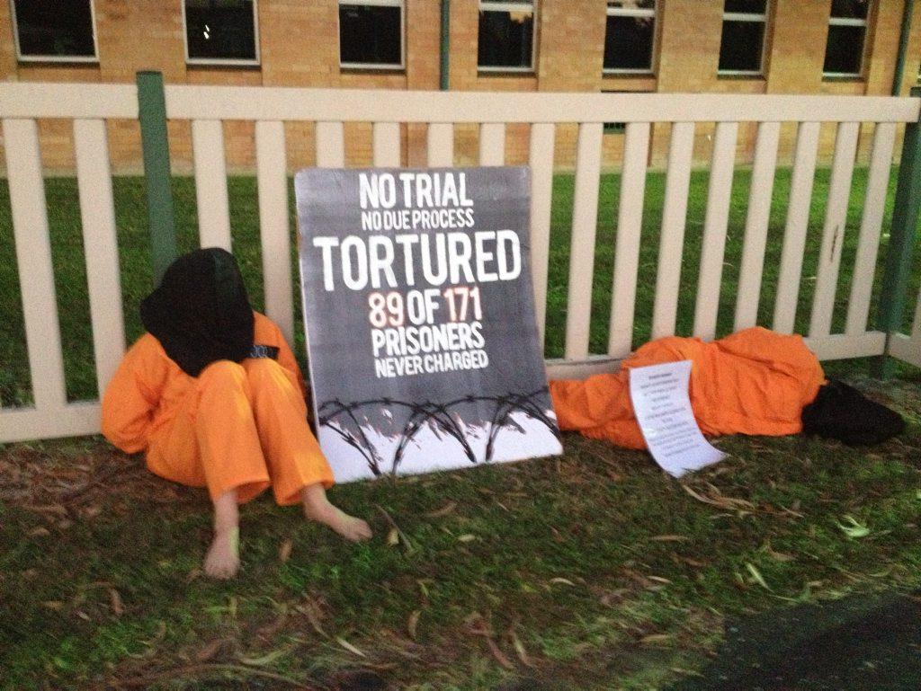 Protestors outside North Rockhampton High School Photo Emma McBryde / Morning Bulletin
