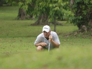 Region gets in the Swing as pros and amatuers vie for money