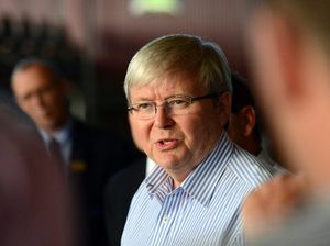 Kevin Rudd to sue ABC over home insulation 'lie'