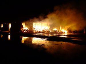 Toowoomba firies fight St George cotton gin blaze