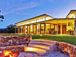 Local luxury builder takes award