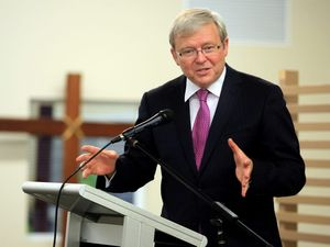 KRudd kicks off his campaign in Mackay