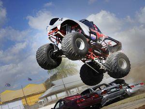 Monster trucks come to Gladstone