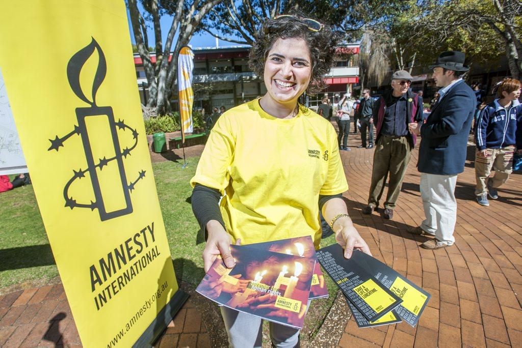 Amnesty International's Camille Furtado at USQ's Careers & Employment Volunteers Fair.
