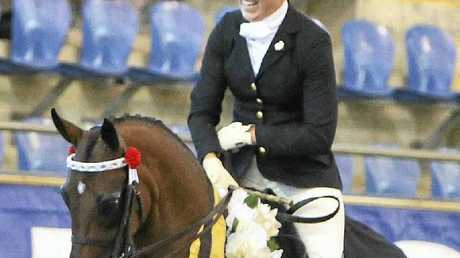 Warwick rider Alexia Fraser demonstrates her poise astride Willowcroft Coco Chanel.