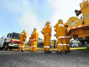 BREAKING: Bushfire closes Fraser Coast road