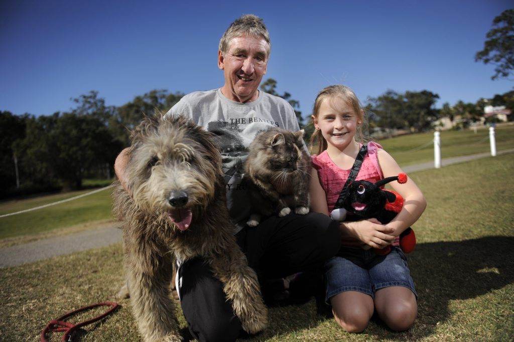 Kevin Parry and Irene Parry and granddaughter Kayla, 6 walk their dog Jack and cat Zoe every afternoon. Photo Luka Kauzlaric / The Observer