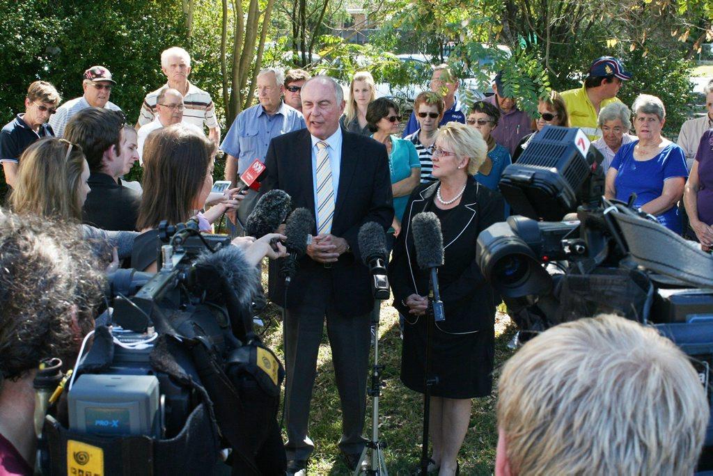 Nationals leader Warren Truss and LNP candidate for Capricornia Michelle Landry address media in Rockhampton. Photo Adam Wratten / Morning Bulletin