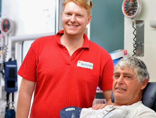 Blood donor Kerry Nind and Red Cross session leader Robert Cannon at Nelson Reserve in Gympie.