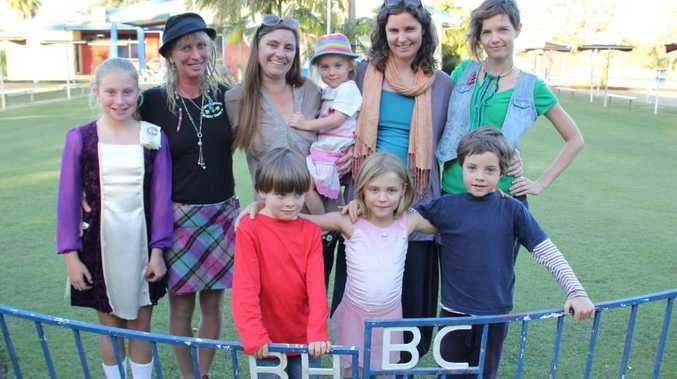 FUNDRAISER: Friends of the Culbert family get ready for Saturday's Livin' Next Door to Alice' fundraiser at the Brunswick Heads Bowling Club.