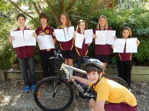 Students petition council to extend footpath