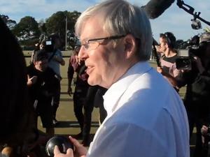 Kevin Rudd visits Condong Bowling Club