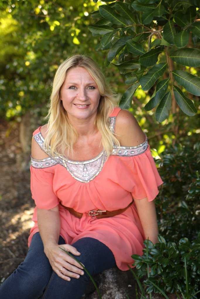 Michelle Lightworker is an author and offers Lightworker Practitioner Training. She is a former holistic counsellor.