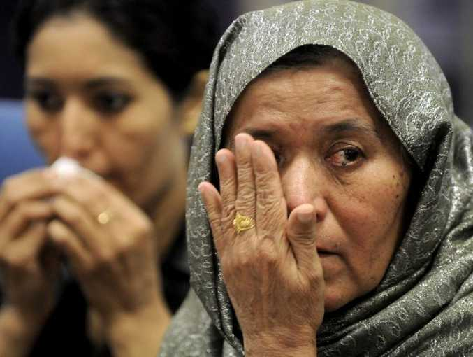 Newly arrived Afgan refugee Shaima Abdul Sattar, 26 years and Wazira Haji Mohammad Sharif, 56 years.