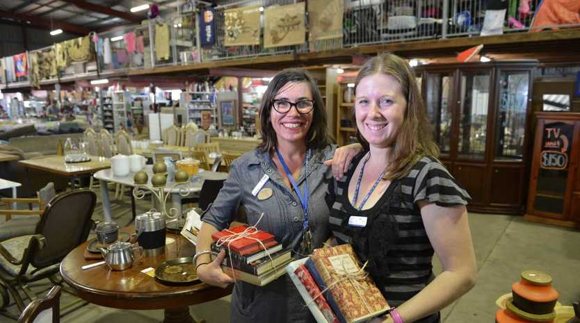 Wendy Stanley and Lisa Nicoll at the Lifeline store.