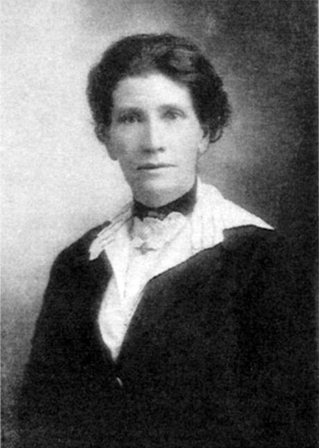 Ellen Louise Wallace.
