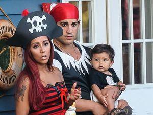 Snooki's son celebrates first birthday in pirate style