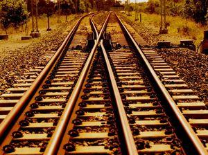 Porter railing against Queensland Rail price lift