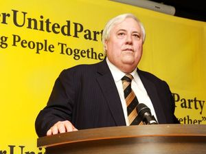Clive Palmer will reverse Queensland asset sell-off