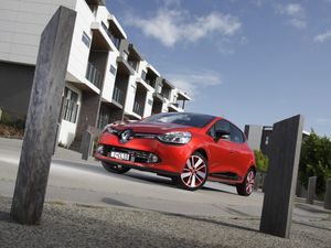 Renault Clio charged to break French car stigma