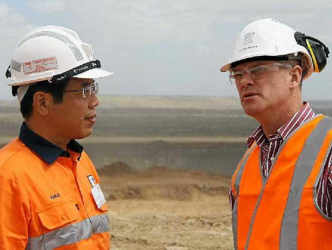 Mitsubishi executive Kanji Nishiura with Premier Campbell Newman at Daunia Mine.