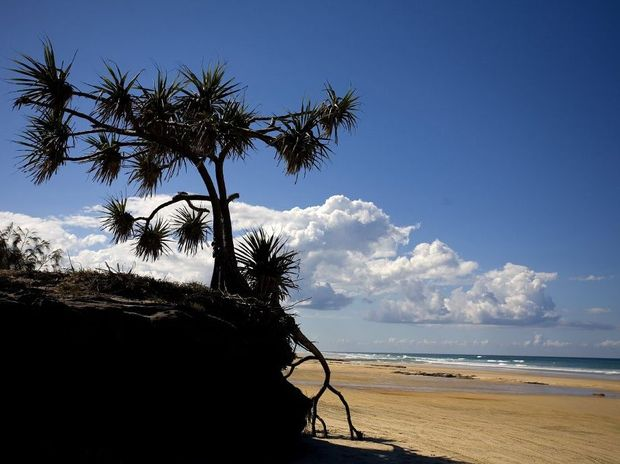 A week-long holiday on Fraser Island is part of a prize for two lucky UK soapie viewers.