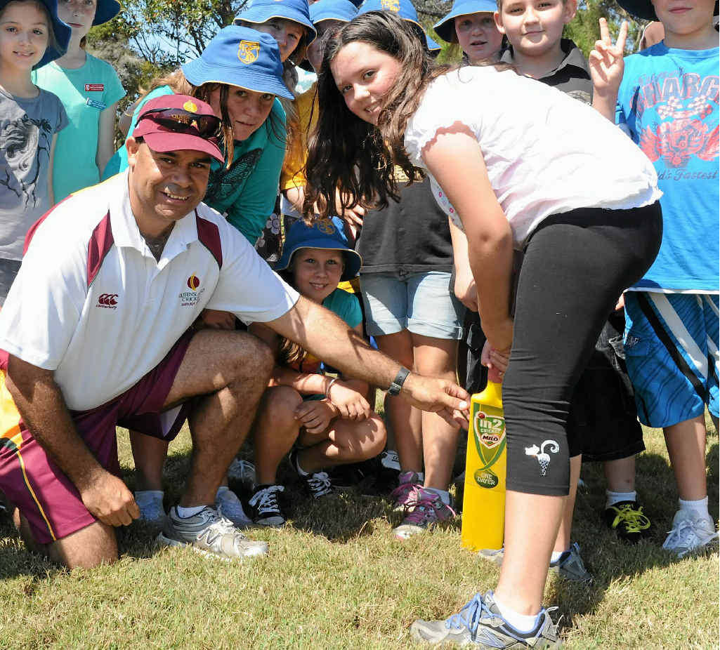 LAUNCH PAD: New Cricket Queensland regional cricket manager Joe Marsh, pictured with Torquay SS student Anjee Taranto, is in Rockhampton for tonight's launch of the upcoming cricket season.