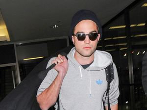 Robert Pattinson selling former love nest