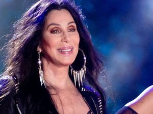 Cher regrets bashing Miley Cyrus