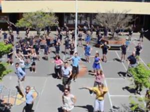 Mrs Hillary's Flashmob at South Grafton Public