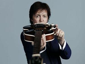 Paul McCartney lines up Brad Pitt and Sean Penn for video