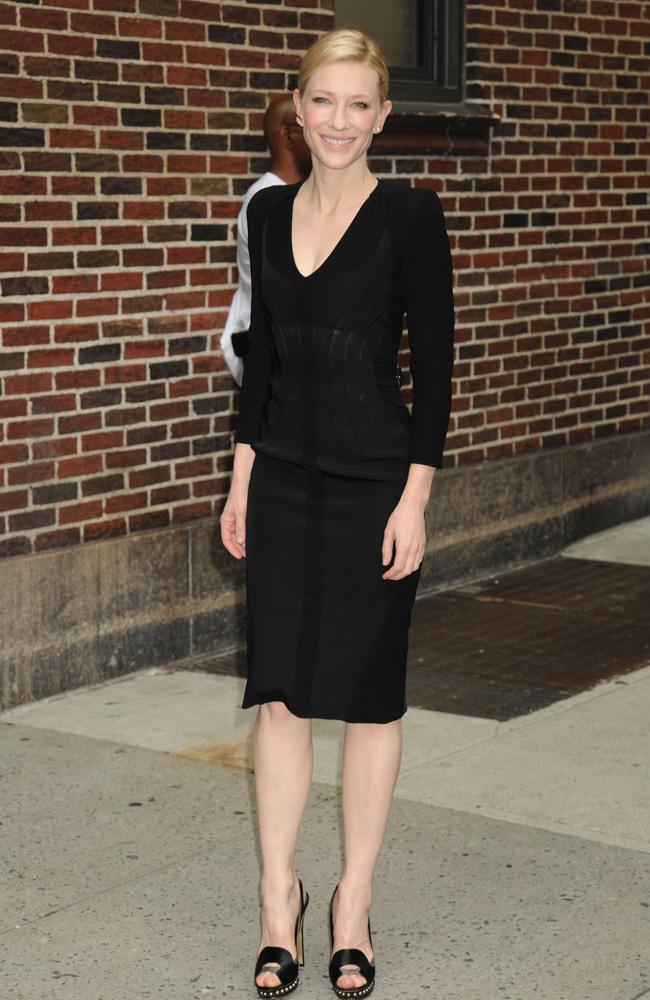 Cate Blanchett picks up a Golden Globe.