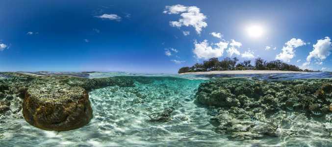 A snap of Lady Elliot Island taken as part of the worldwide Catlin Seaview Survey.