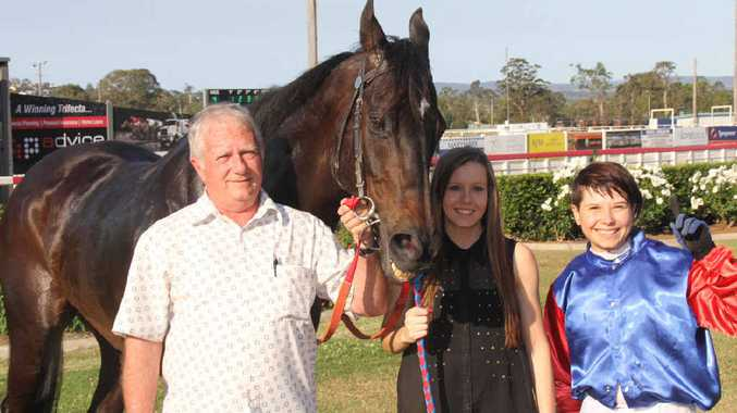 Trainer Kerry Munce, Taylor Ratten and jockey Billie-Rose Derbyshire with their horse Frenardi in 2013
