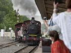 Steam train arrives at Toowoomba Railway Station.