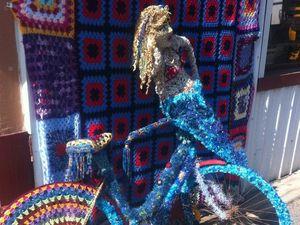 Paxton's undergoes yarn-bombing