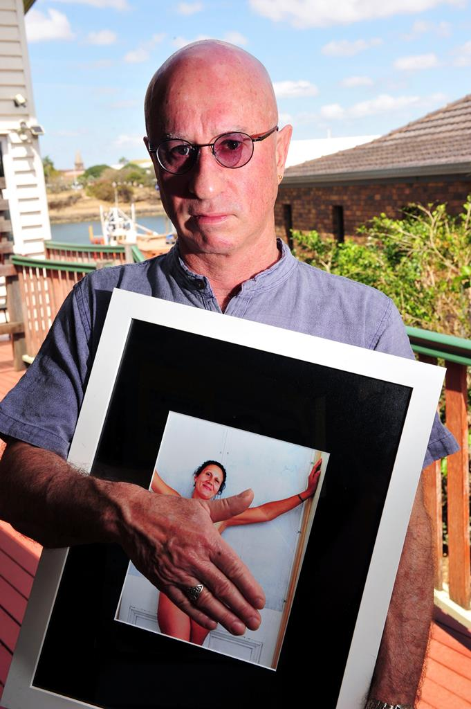 Visually impaired artist Dennis Mealor is outraged his artwork was removed from the Bundaberg Arts Festival because it portrays a nude woman.
