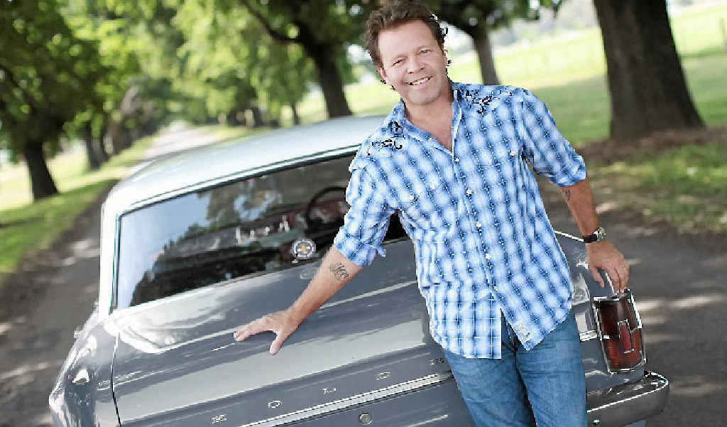 Troy Cassar-Daley will be in the Pioneer Valley as part of the Pioneer Valley Country Music Festival this weekend.