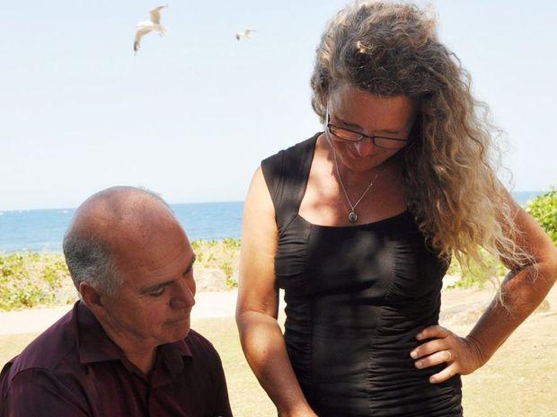 KAFDA coordinator Ginny Gerlach with Cr Bill Ludwig, who has signed the pledge