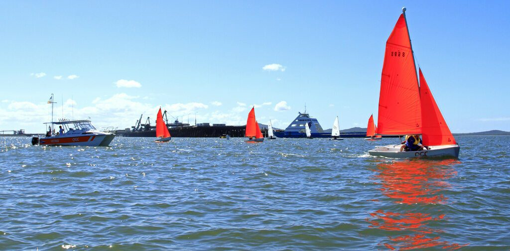 SIMPLY SUPERB: Division IV boats hit the start line. Photo Contributed