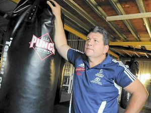 Coach departs Gladstone for boxing world championships