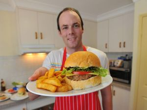 Gladstone man shares secret to best burgers in town