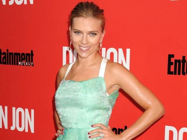 Scarlett Johansson has revealed her mother Melanie was against the idea of her going into acting because the movie business is so competitive.