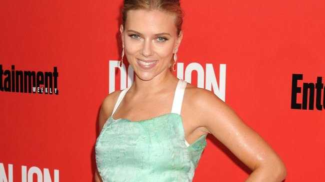 Scarlett Johansson is glad she became famous a decade ago because she's not sure she would have coped if she had been thrown into the limelight now.