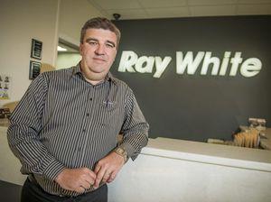 Agent celebrates 25-year milestone with Ray White