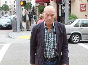 Patrick Stewart backs bakery after 'gay cake' court loss