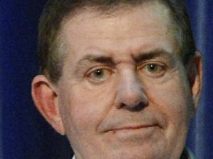 Peter Slipper tips Fisher by-election for rival Brough